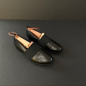 Unstructured by Clark's Leather Slip Ons